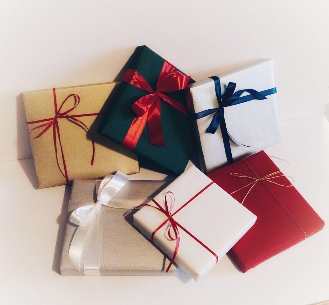 Упаковки для подарков из пластика 50